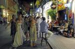 Sorrent Engländer feiern Hochzeit vor Bar
